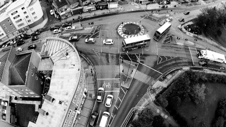 Black & White Roundabout